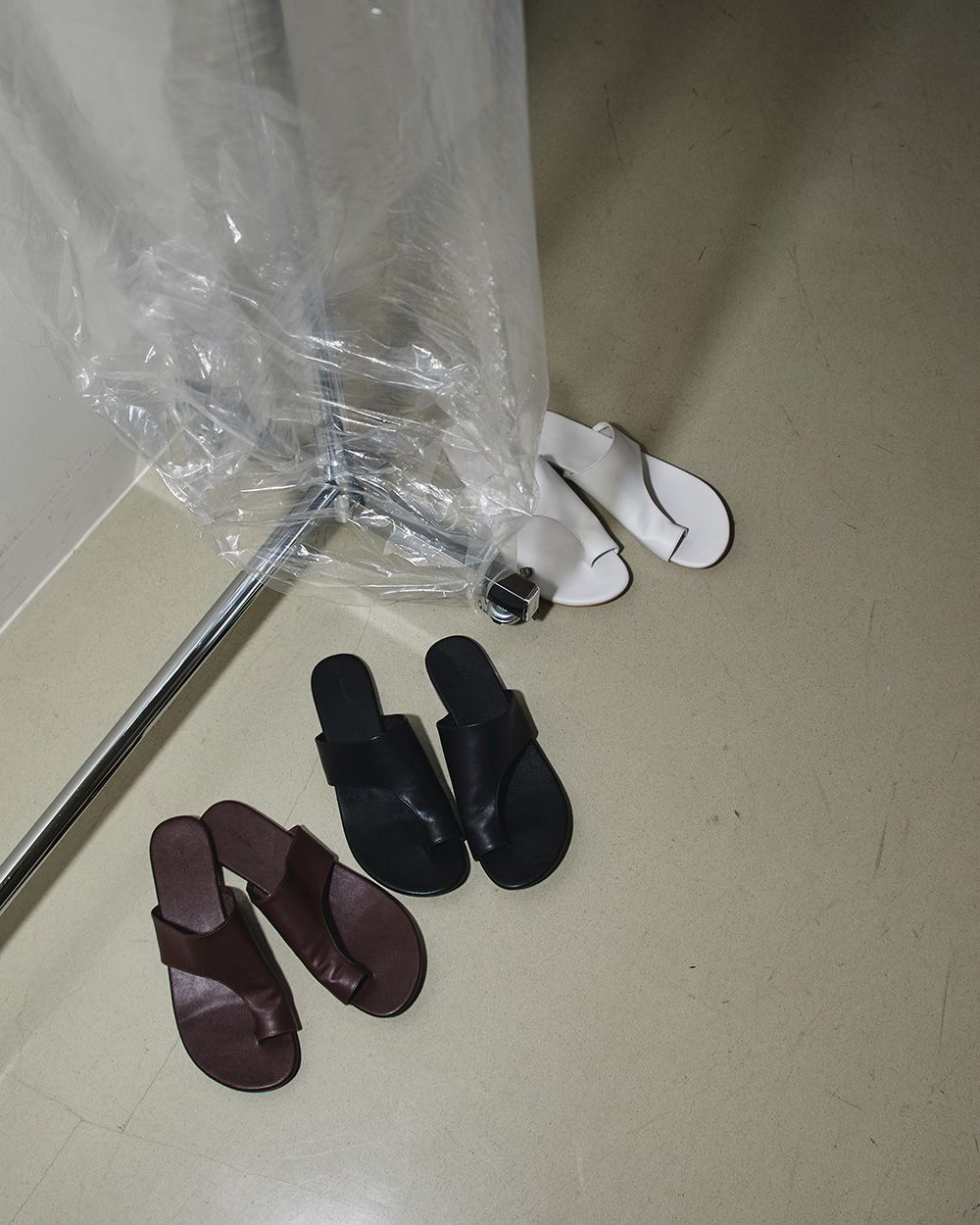 Tong Leather Sandals